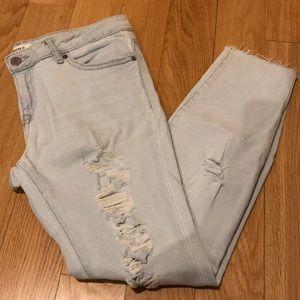 Light Wash Distressed Skinny Jean